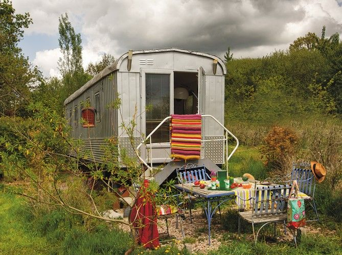 wait until you see the inside - it will blow you away.: Tiny House, Gypsy Living, Campers Trailers, Living Spaces, Small Kitchens, Small Living, Old Training, Mobiles Homes, Bohemian
