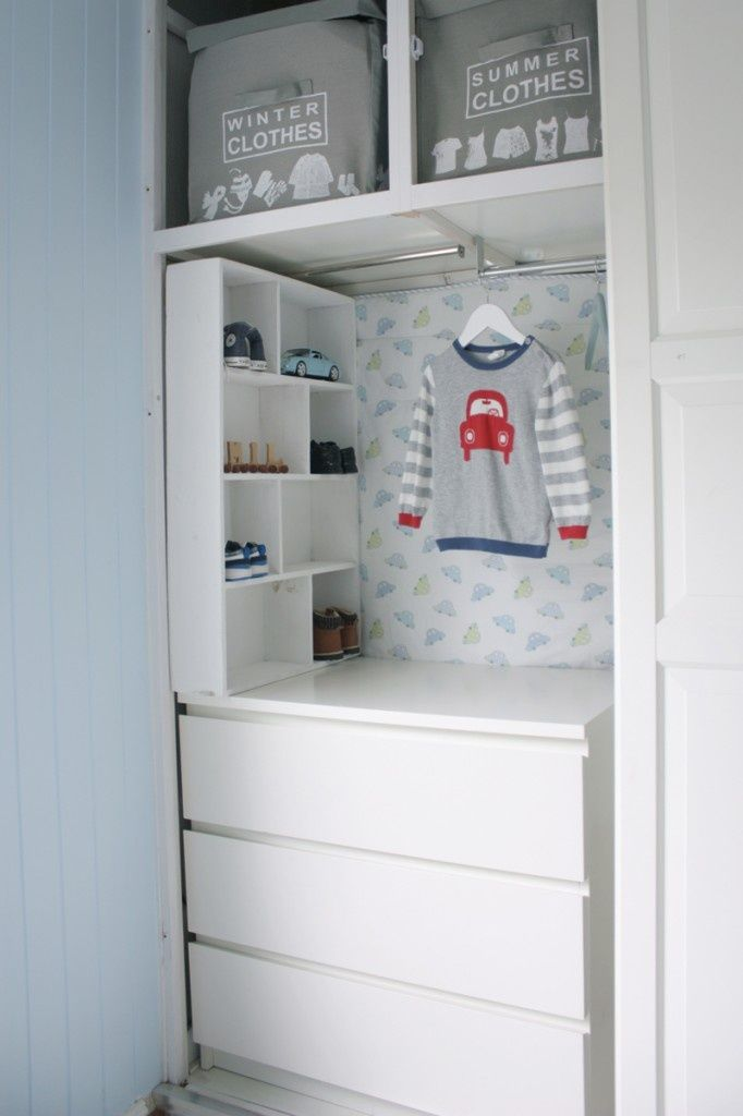 IKEA HACKS -  Malm in the closet the cloth bins up top, need in girls closet