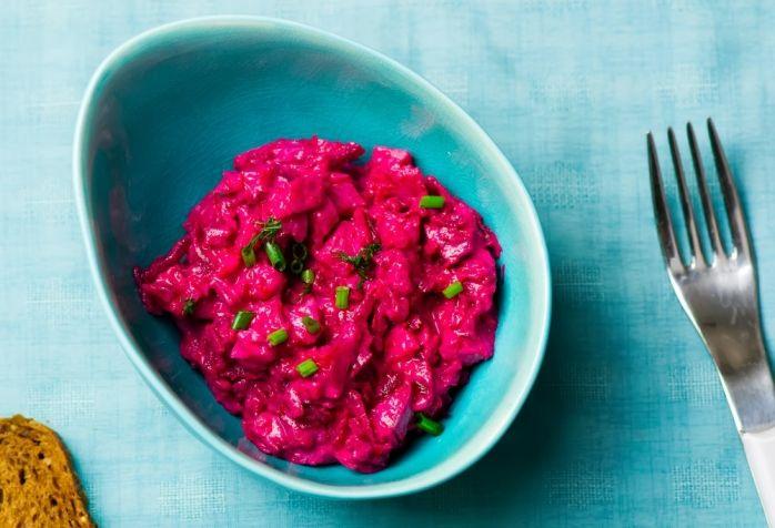 Шведские кулинарные традиции: готовим рыбу и ягодный пирог | Свекольный салат с сельдью | Летидор