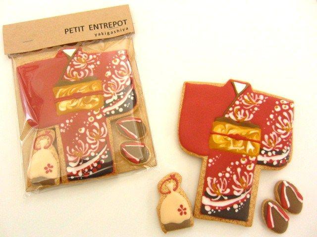 日本人のおやつ♫(^ω^) Japanese Sweets 和装型クッキー。kimono set cookies. ANTOLPO アイシングクッキー  焼菓子屋さん