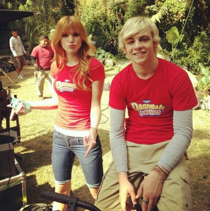 Ross lynch and Bella thorn