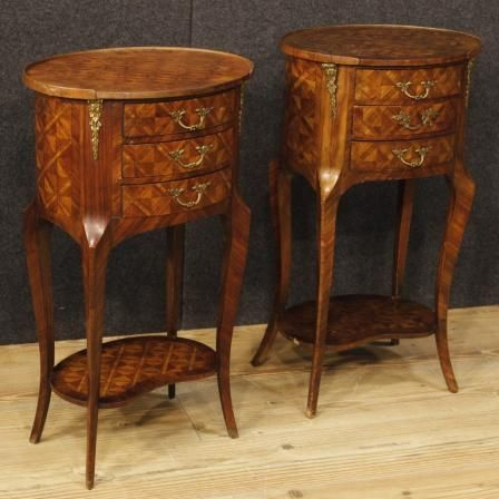 950€ Pair of French inlaid bedside tables in rosewood. Visit our website www.parino.it #antiques #antiquariato #furniture #golden #antiquities #antiquario #comodino #inlay #inlaid #tavolino #nightstand #table #night #decorative #interiordesign #homedecoration #antiqueshop #antiquestore
