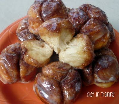cinnamon biscuit bites. I want some right now!!: Monkey Muffins, Recipe, Monkey Bread, Monkeybread, Food, Breads, Chief, Dessert
