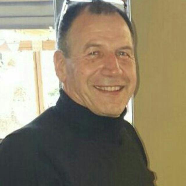 Mike van niekerk, met 2015