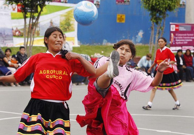peruanas guapas, peruanas promedio, peruanas lindas.