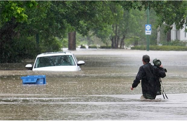 The flooded LRT tunnel under Cemetery Hill on Friday morning June 21, 2013 Photograph by: Gavin Young, Calgary Herald