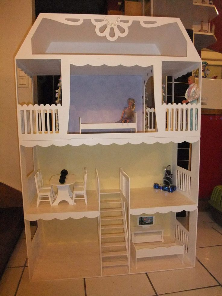maison de barbie construire soit m me salle de jeux pinterest maison de barbie de. Black Bedroom Furniture Sets. Home Design Ideas