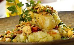 Receita de bacalhau com ervas e batatas - Receitas - Receitas GNT