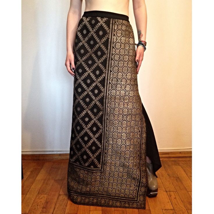 #SandraGalan #bespoke #fashion #design: #fitting long #skirt made of #vintage #Romanian #handcrafted #fabric with #geometric #embroidery.