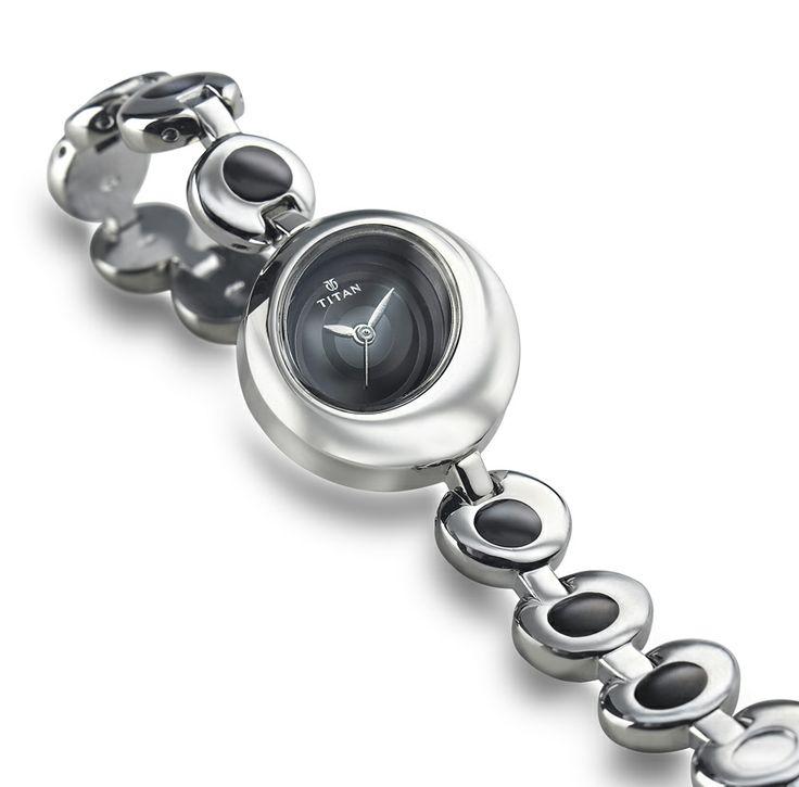 Titan Fashion watch
