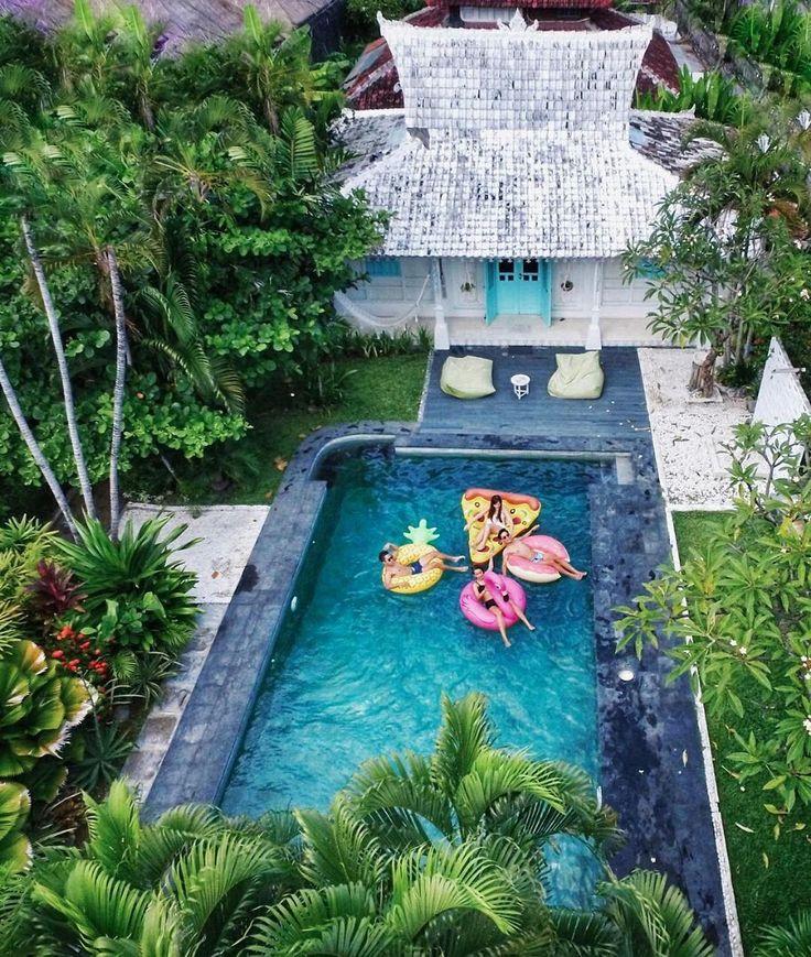 . SooBali Atap Putih 1 bedroom villa Seminyak - definitely the definition of fun! a photogenic cute villa with your beloved friends in Bali  : @zilmizola - Book directly on our website www.soobali.com . . #soobalivillas #soobaliatapputih