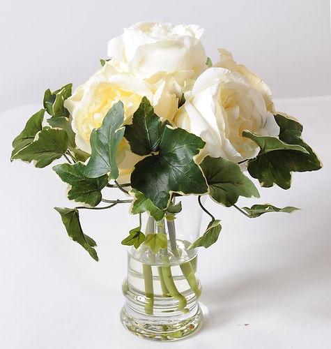 16 best fleurs artificielles images on pinterest for Bouquet fleurs blanches