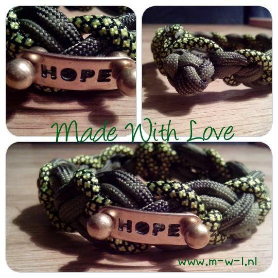 3 kleurige paracord armband met hope