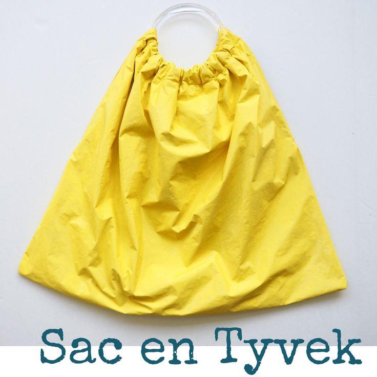 Les 25 meilleures id es de la cat gorie imperm able jaune sur pinterest imperm able vestes de - Comment enlever de la cire sur un vetement ...