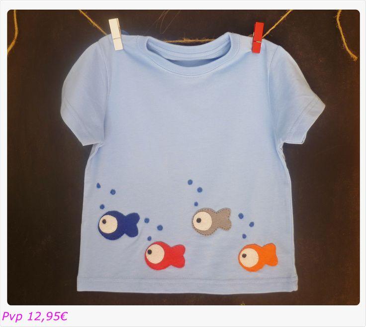 Camiseta peces fieltro. Consultar disponibilidad en otras tallas y colores. Gastos de envío no incluidos.