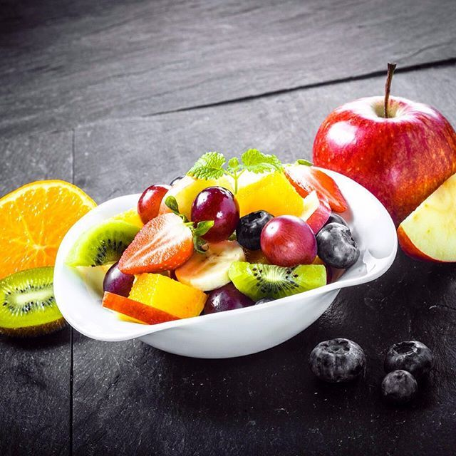 Fruit Salad with Mint Dressing-Calories: 68Yield: 9 serving(s)-INGREDIENTS:2 tbsp snipped fresh mint2 tbsp lime juice2 tbsp orange juice2 medium apples1 medium orange½ cup blueberries1½ cups strawberries, hulled and halved or quartered¾ cup red seedless grapes4 kiwi , peeled and cut into ½-inch pieces1 tsp vanilla extract15 drops of liquid Stevia-DIRECTIONS:For the dressing, in a large bowl mix together mint, lime juice, orange juice, vanilla extract and Stevia. Set aside. Core and cube…