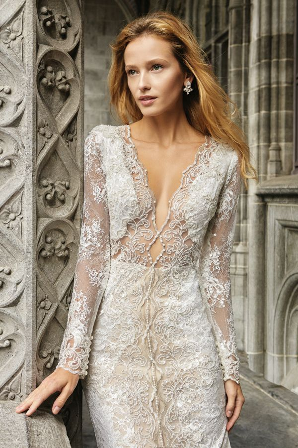 Inspiration Robe du Mariage   :    Description   This Solo Merav gown is dream dress status. Go try it on at Bridal Reflections! www.stylemepretty…    - #RobeduMariage https://madame.tn/mariage/robe-du-mariage/inspiration-robe-du-mariage-this-solo-merav-gown-is-dream-dress-status-go-try-it-on-at-bridal-reflections/