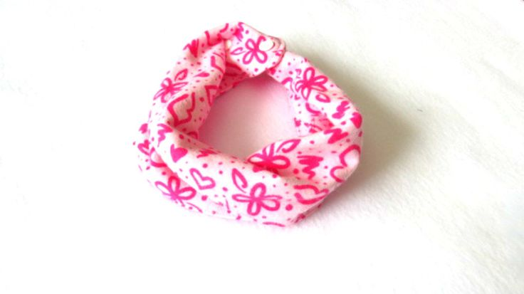 Pink Baby Infinity Scarf - Pink Toddler Infinity Scarf - Pink Scarves - Scarves for girls by PinkButterflyDesignz on Etsy https://www.etsy.com/ca/listing/492296764/pink-baby-infinity-scarf-pink-toddler