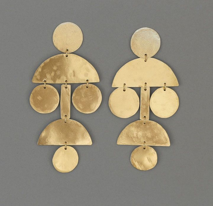 amazing annie costello brown earrings in brass. very tribal. i love them!
