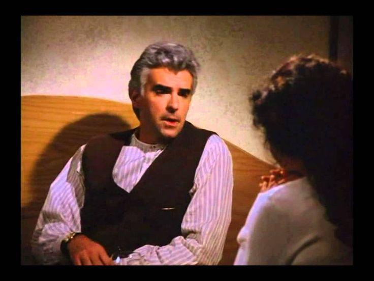 J. Peterman (John O'Hurley) meets Elaine (Julia Louis Dreyfus) ~ Seinfeld