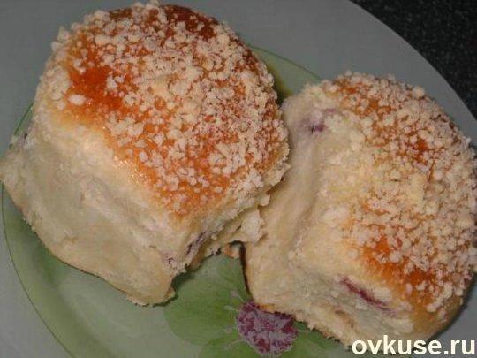 Чудесные булочки с наполнителем и посыпкой