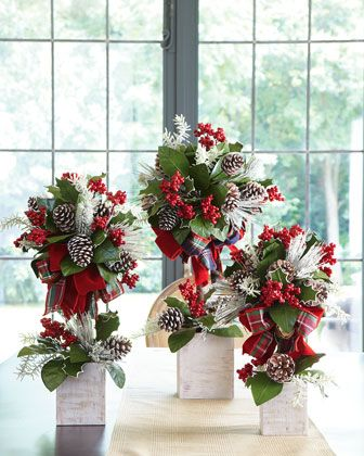 Christmas topiary trees!!! These i like sister!!' the ONLY topiary tree i…