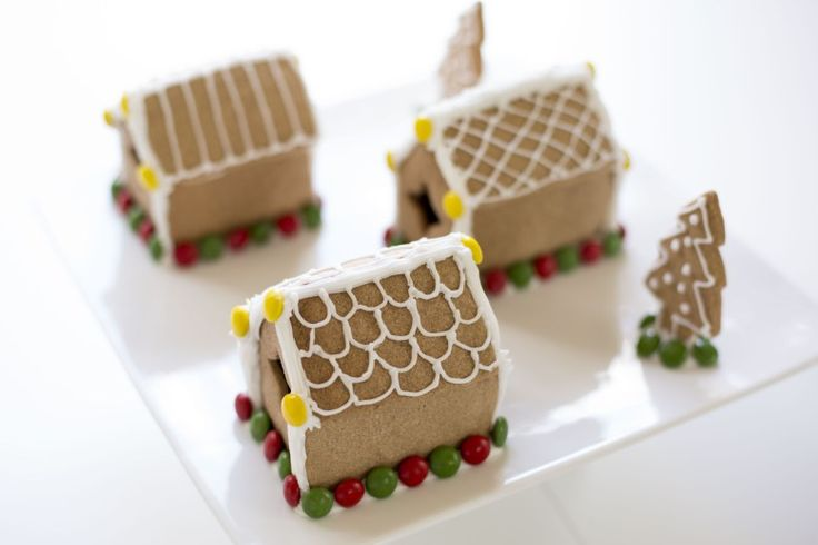 Gingerbread houses #diy #bake #recipe #create #Christmas