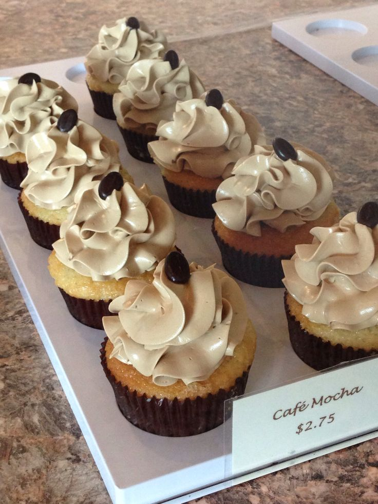 about Cupcakes on Pinterest | Fiesta cupcakes, Baby shower cupcakes ...