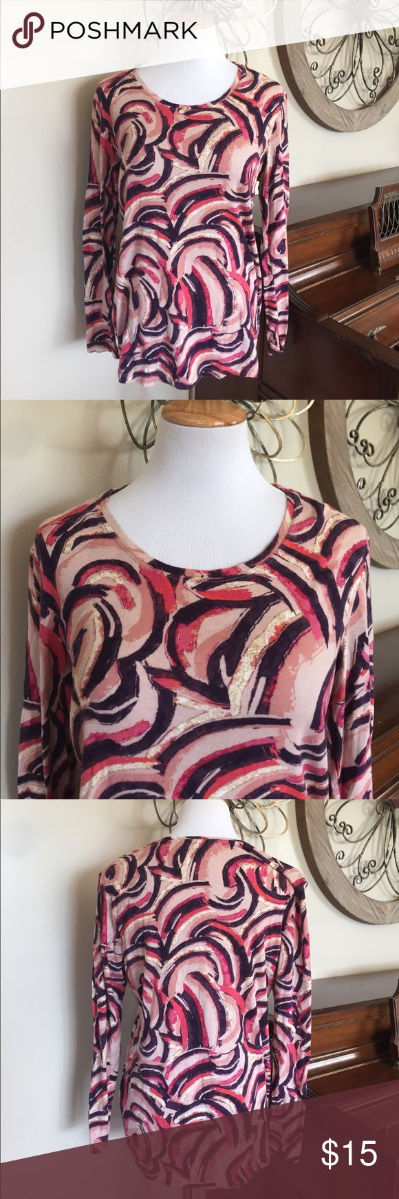 Daisy Fuentes Size XL Long Sleeve Tee Top Cute long sleeve top by Daisy Fuentes in great condition! Size XL Daisy Fuentes Tops Tees - Long Sleeve