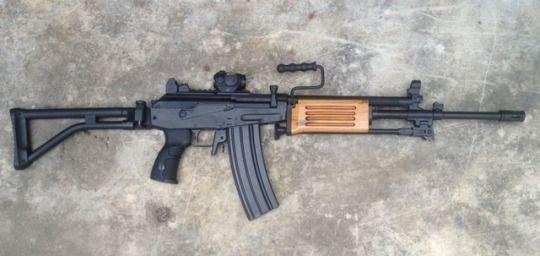 IMI Galil ARM - 5 56x45mm | Guns | Guns, Assault weapon, Imi