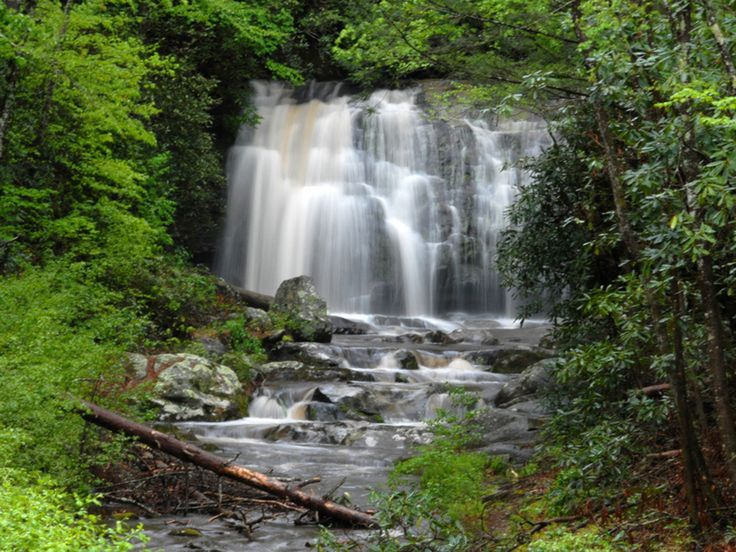 Be sure to stop at some of the Smoky Mountains' waterfalls, typically accessible via short well-marked hikes. Highlights include the 80-foot-high Laurel Falls, 90-foot-high Hen Wallow Falls, Rainbow Falls, where you're almost guaranteed a rainbow sighting from the waterfall's mist on sunny days, and Indian Creek Falls, which is a short 1.6-mile hike that takes visitors past 2 waterfalls.