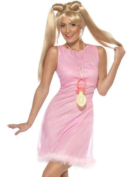 Naamiaisasu; Baby Spice -asu. Baby Spicen tavaramerkkinä olivat söpöt, pastellisävyiset baby doll -mekot sekä saparolla olevat hiukset ja juuri samanlainen tyyli syntyy tällä naamiaisasulla. Nyt sinulla on mahdollisuus hypätä mekon sisään ja kokeilla miltä olo popparina tuntuu. Voit täydentää asun peruukilla. Girl Power!
