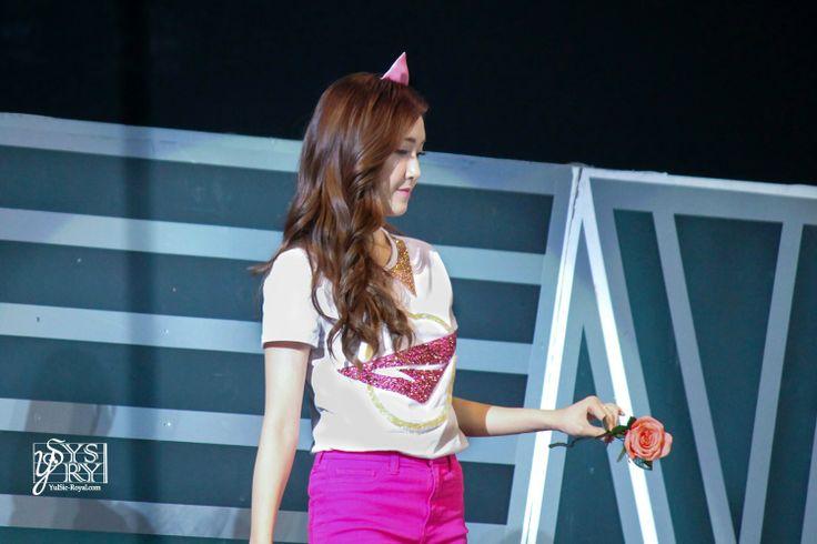 SNSD Jessica rose Girls & Peace Tour Macau 140215