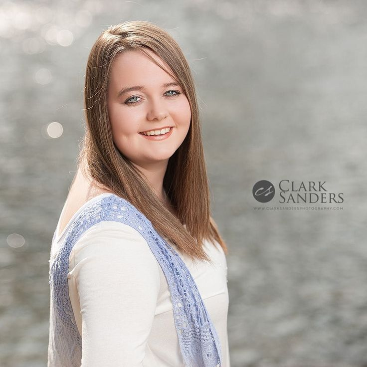 Double header sessions this afternoon starting with Katelyn!! She's a senior at Mammoth Spring High School! I got to photograph her session at such a beautiful location today!! #clarksandersphotography