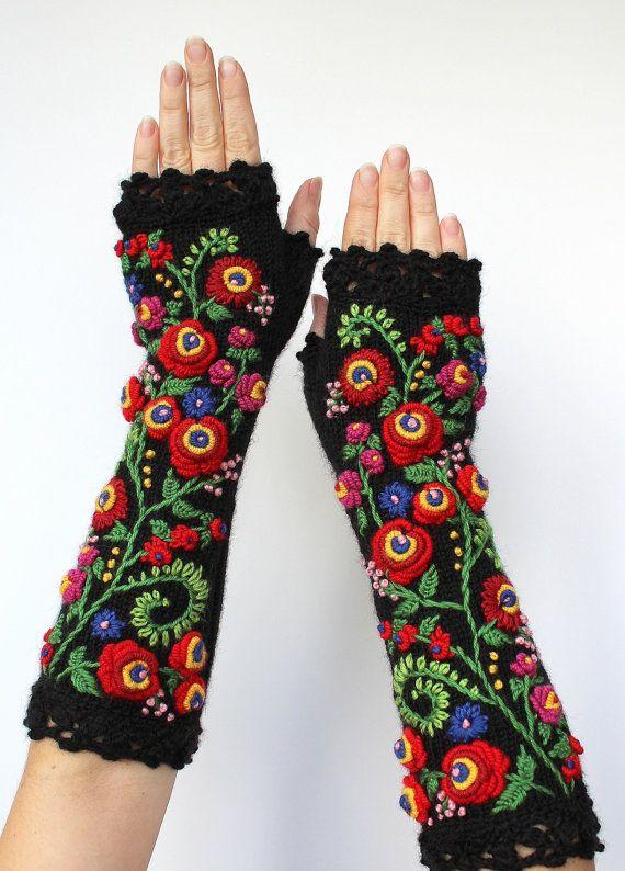 Knitted+Fingerless+Gloves+Black+Red+Long+от+nbGlovesAndMittens