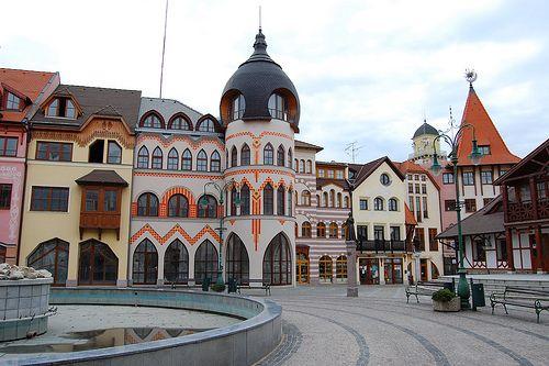 Rév-Komárom - Európa-tér