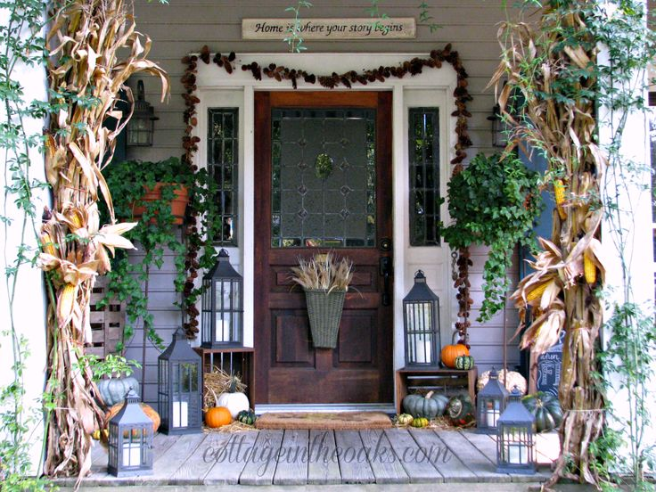 oh my, this look like my front porch!! need to find corn stalks and get some hay bales though...  autumn - fall front porch