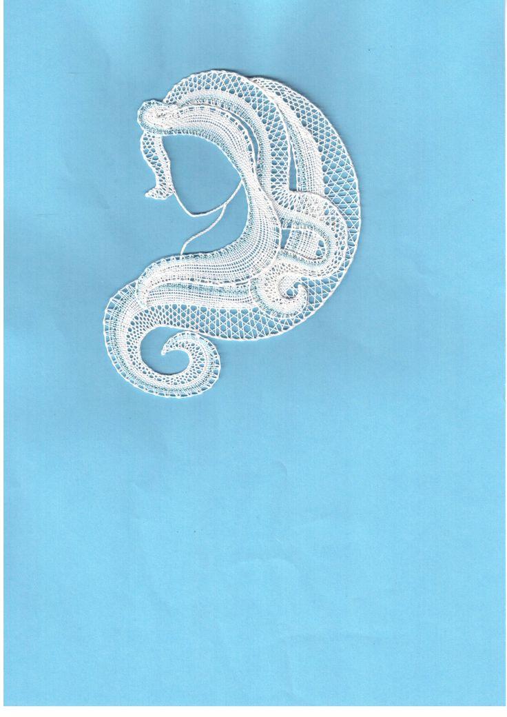 Ledová, - paličkovaná krajka, bobbin lace, autor: Lenka Maslova Spetlova, Hostinné, Atelier ROS ZEFYRA s.r.o.