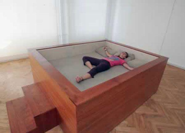 Strange Beds the 18 best images about strange beds on pinterest   floating bed