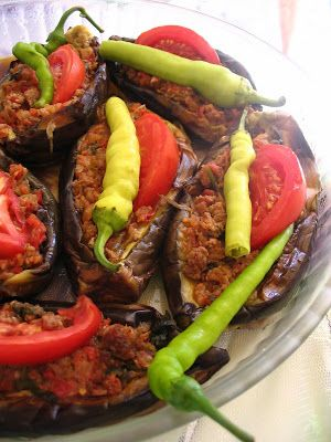 Almost Turkish Recipes: Stuffed Eggplants (Karnıyarık)
