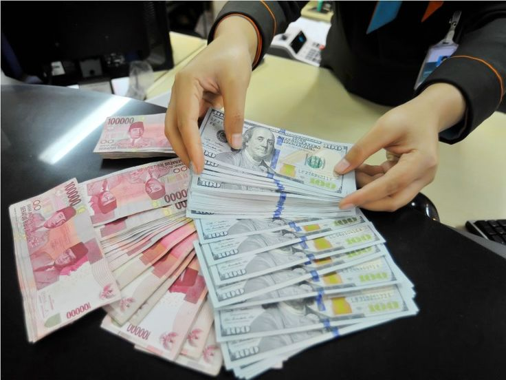 Kurs Rupiah Anjlok ke Level Rp13.224/USD