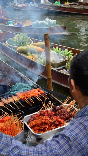 L.A. Times reader JoAnne Soloway took this photo of the Tha Kha floating market in Thailand.