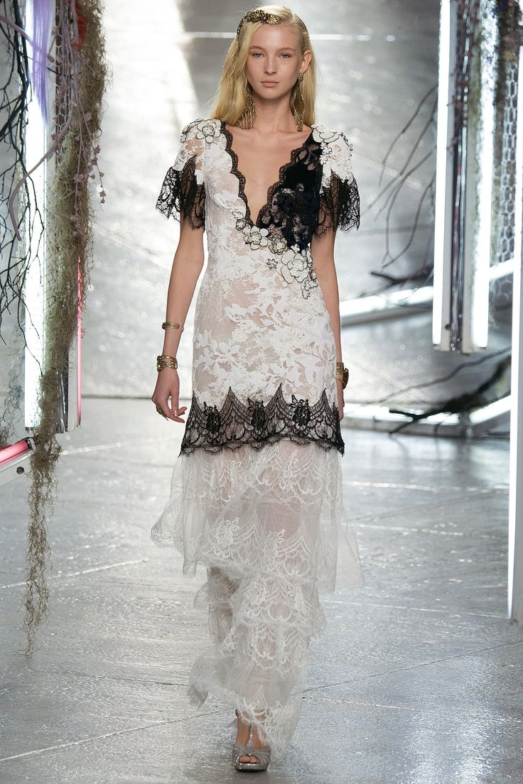 Rodarte / Spring 2016 Trend / An unfussy brand of femininity dominated the Spring runways, where ladylike dresses were paired with simple flats and a relaxed attitude.