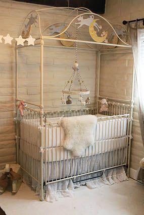 24 best moon stars nursery ideas images on pinterest nursery ideas girl rooms and baby room. Black Bedroom Furniture Sets. Home Design Ideas