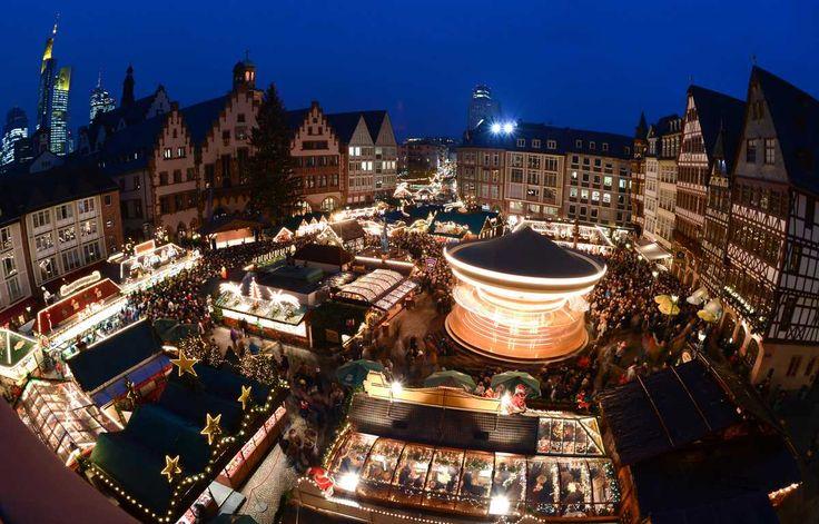 Weihnachtsmarkt am Frankfurter Römerberg: Hereinspaziert: Der Frankfurter Weihnachtsmarkt ist eröffnet | Frankfurter Neue Presse