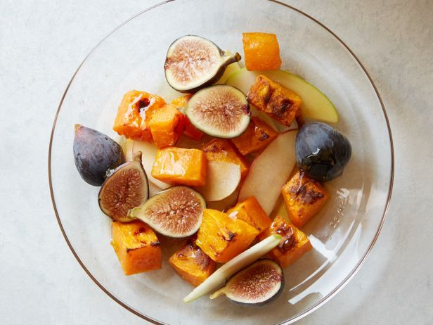 Salads on Pinterest | Mason jar salads, Greek yogurt chicken salad ...