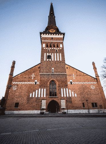 Visit to Västerås Cathedral: is a religious buildings in Sweden which has been awarded three stars by the tourist guide Le Guide Vert and was originally constructed in the 1200s