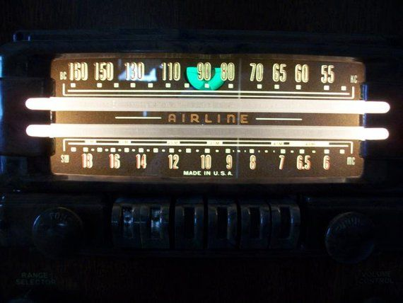 "1941 Airline ""Magic Eye"" Push Button Tube Radio Model 14WG-806A Restored"