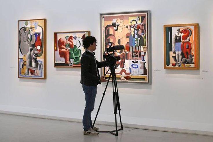 """Le Corbusier no Centro Pompidou de 29 abril 2015 - 3 agosto de 2015  Desenhos, modelos, pinturas, fotografias: a exposição , intitulada """"Ação Humana"""", reúne cerca de 300 obras do arquiteto e urbanista para celebrar o quinquagésimo aniversário da sua morte, em 27 de agosto de 1965 com a idade de 77 anos."""