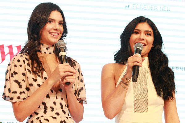 Kendall Jenner Photos - Kendall and Kylie Jenner Launch Kendall Kylie at Forever New - Zimbio